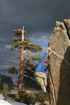 Kevin Swift on a V1 Arête at Grouse Slabs near Donner Summit.