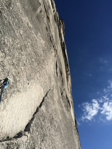Looking up from the Robbins Traverse bolt ladder at the blankness!